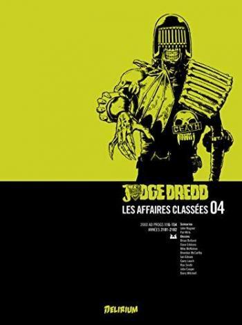 Couverture de l'album Judge Dredd : Les affaires classées - 4. Tome 4